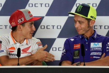 Valentino Rossi se rinde a Marc Márquez