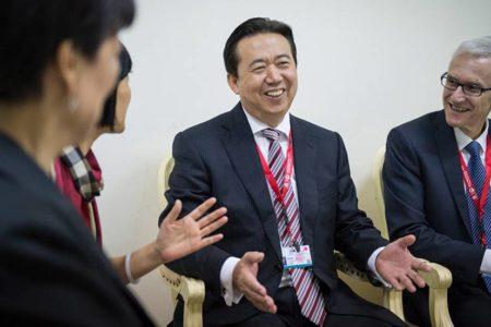 La esposa del expresidente de Interpol detenido en China pide asilo en Francia