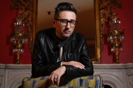 Patricio Pron gana el Premio Alfaguara con una novela sobre el amor en tiempos de Tinder
