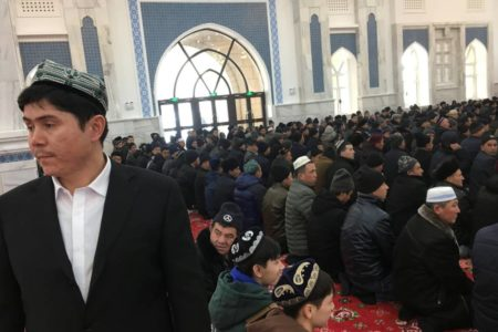 Pekín ultima un plan para adaptar el islam a su ideología