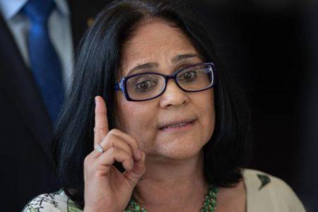 "La nueva ministra de Familia de Brasil: ""Las niñas, de rosa; los niños, de azul"""