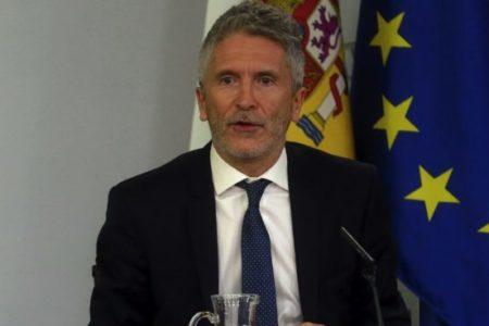 Marlaska pide a los socios de Sánchez responsabilidad para aprobar unos presupuestos sociales