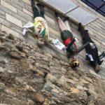 El Rey, Franco y un juez, los 'tres reyes' de un nacimiento en Girona, aparecen colgados de un puente