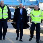 Reino Unido envía un buque al canal de la Mancha para frenar la llegada de inmigrantes en pateras