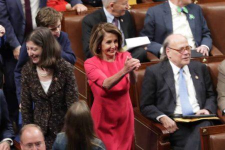 Nancy Pelosi dirigirá el asalto demócrata a Trump desde el nuevo Congreso