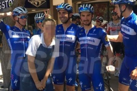 Una camarera denuncia por acoso a un ciclista del Quick Step