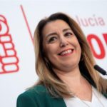 Susana Díaz niega discrepancias con el PSOE por mantenerse al frente el partido en Andalucía