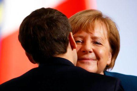 París y Berlín alumbran un nuevo tratado para hacer frente a los desafíos de la Unión