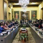 México evita firmar el acuerdo del Grupo de Lima que rechaza al nuevo Gobierno de Maduro