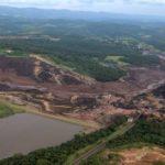 Al menos nueve muertos y 300 desaparecidos tras romperse una represa minera en Brasil