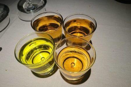 Estas son las cinco enfermedades que te causa el alcohol (y cambian con la edad)