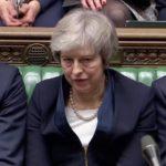 El Parlamento británico rechaza por rotunda mayoría el pacto de Brexit de May
