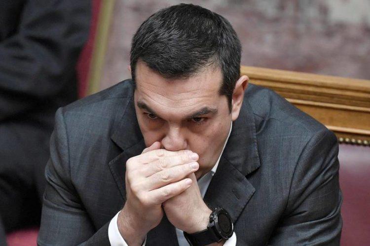 Tsipras supera una moción de confianza con mayoría absoluta