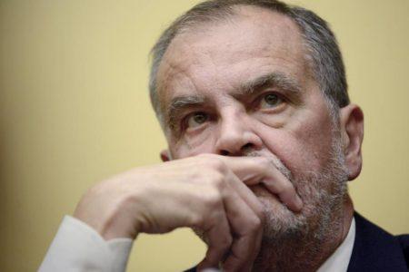 """Condenado a prisión el senador italiano que llamó """"orangután"""" a una ministra negra"""
