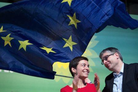 Los Verdes crecen como alternativa europeísta frente a los grandes partidos