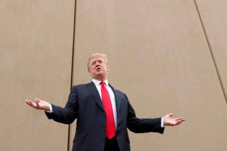 Trump propone construir el muro con México de acero en lugar de cemento