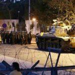 Turquía ordena detener a otros 295 militares acusados de golpismo