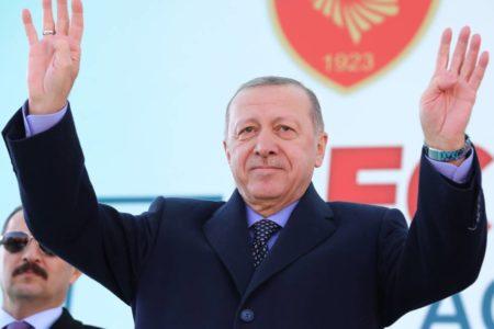 Turquía ordena detener a otro millar de gülenistas
