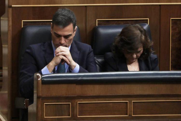 La comedia de Pedro Sánchez, el resistente