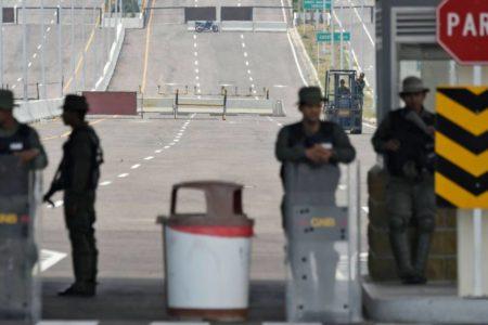 Maduro eleva la alerta militar en las fronteras ante el plan de entrada de ayuda