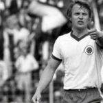 Muere Lothar Kobluhn, el defensa más atípico de la Bundesliga