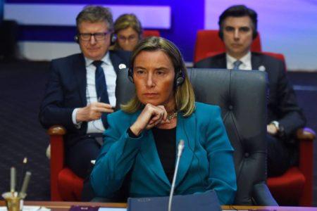 La UE pide a Washington que descarte la intervención militar en Venezuela