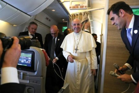 El Papa exige que se respeten los acuerdos de tregua en Yemen y urge a distribuir ayuda