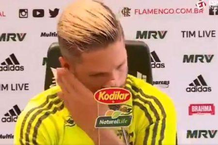 Diego Ribas se derrumba al hablar del incendio en la academia del Flamengo