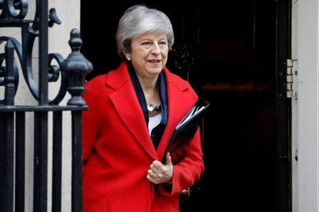 May cede y abre las puertas a una prórroga en la fecha del Brexit
