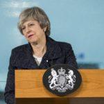 May busca el apoyo de Irlanda del Norte para salvar su plan del Brexit