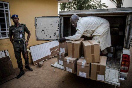 Nigeria pospone una semana las elecciones horas antes de la apertura de los colegios