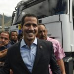 Guaidó ahonda su desafío a Maduro y viaja a la frontera para recibir las ayudas