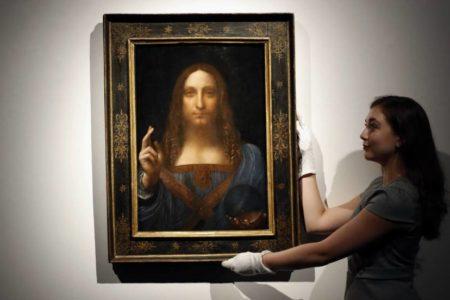 ¿Lo pintó Leonardo da Vinci o un ayudante? 'Salvator Mundi' pone en jaque el rigor del Louvre