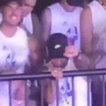 La lesión en el pie no le impide a Neymar bailar en el carnaval con una exconcursante de La Voz