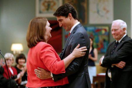 La renuncia de la jefa del Tesoro canadiense acentúa la crisis del Gobierno de Trudeau