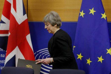 May pide a la UE una prórroga hasta el 30 de junio para desbloquear el Brexit