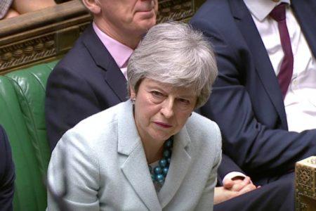 May se resigna a que el Parlamento le arrebate el control del Brexit