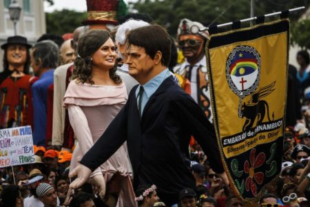 Bolsonaro tuitea un vídeo obsceno de Carnaval y desata la polémica en Brasil