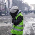 Macron admite la incapacidad de contener los disturbios de los 'chalecos amarillos'