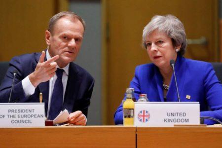 Bruselas propone un aplazamiento de un año del Brexit para dar tiempo a que Londres se aclare