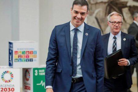 Pedro Sánchez busca el apoyo de la cultura para las elecciones