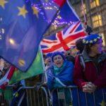 Bruselas apuesta por un relevo de May para poder concluir el Brexit