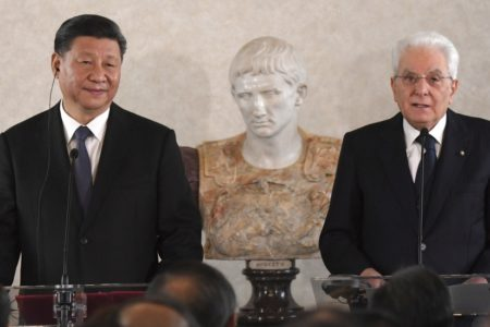 Xi Jinping sella en Roma acuerdos sobre turismo, comercio y banca