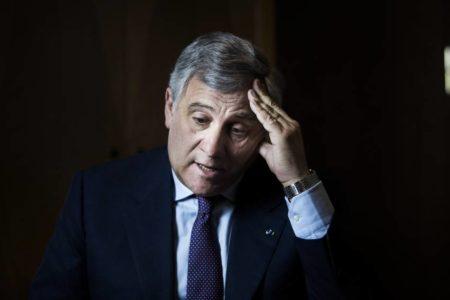 """Tajani pide perdón tras decir que Mussolini """"hizo cosas positivas"""""""