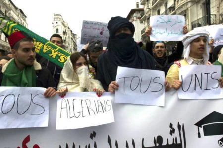 La revuelta en Argelia, tabú para los líderes árabes
