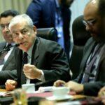 Renuncia el primer ministro de Perú, César Villanueva