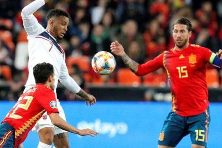 King: «No recuerdo haberme medido a un central tan amable como Sergio Ramos»