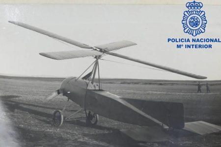 La Policía recupera documentación original del autogiro de Juan de la Cierva buscada desde 1998