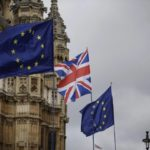 El Parlamento trabaja ya en alternativas al Brexit de May