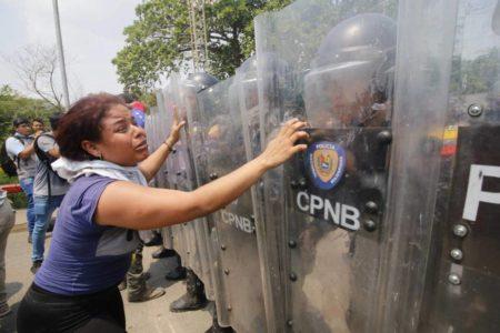 EE UU redobla la presión contra Maduro con el bloqueo de visados a docenas de venezolanos